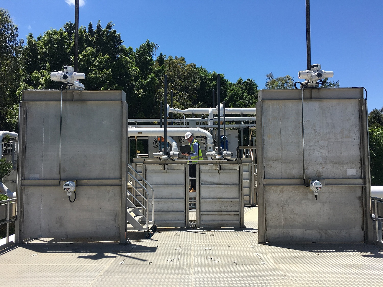 Australian sewage treatment plant using Rotork intelligent actuators to automate penstock gates