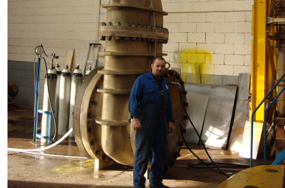 World's largest gate valve for Bahrain project