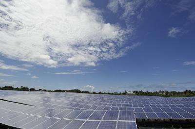 First Solar and Caterpillar pen PV alliance