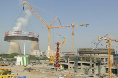 PHOTO: Giant ring lift at Indian nuclear plant