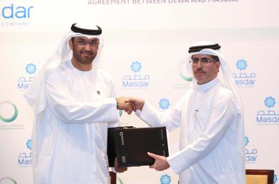 DEWA signs 800MW solar pv PPA with Masdar