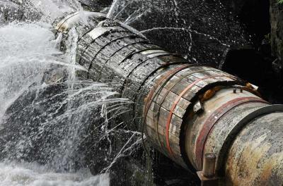 Al Khor sewer works shuts Doha road for ten months
