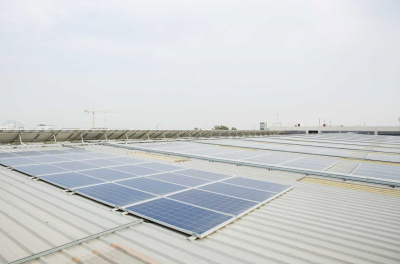 UAE mulls law to ramp up solar rooftop for homes