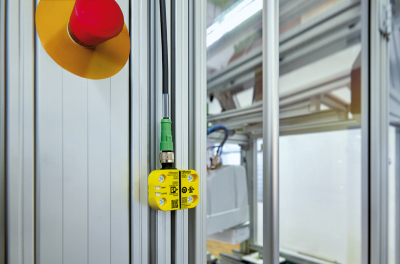 Phoenix Contact safety switch system with IO-Link