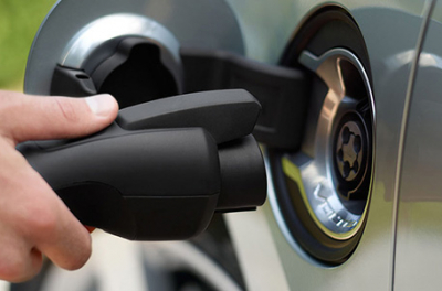 Fiat Chrysler, Enel and Engie sign EV charge point deal