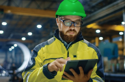 Schneider Electric to Provide Free Online Monitoring and Troubleshooting of IT Equipment