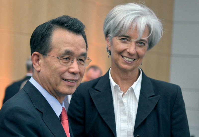 French Finance Minister Christine Lagarde (right) meets with South-Korean Prime Minister Han Seung-Soo: both Korea and France have technology of use t