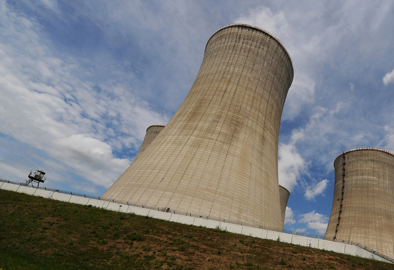 France and Saudi Arabia sign peaceful nuclear deal as Saudi looks to alternative energy sources to supply increasing demand. (Getty Images)