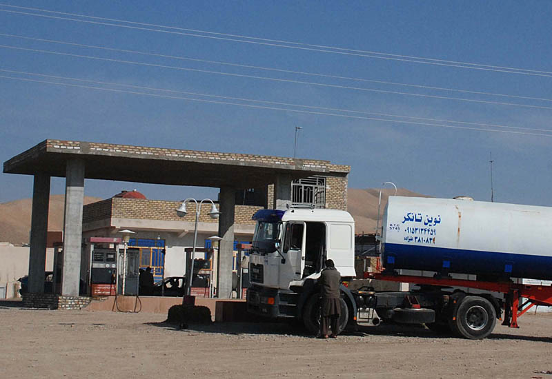 Massive diesel theft from Iraq's tankers is causing power shortages. (Getty Images)