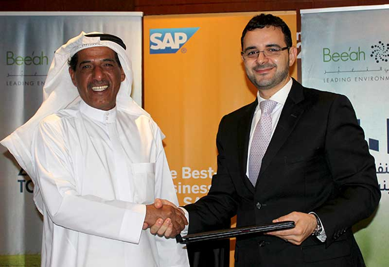 Bee'ah chairman Salim Al Owais (L) with Sam Alkharrat, Managing Director, SAP MENA