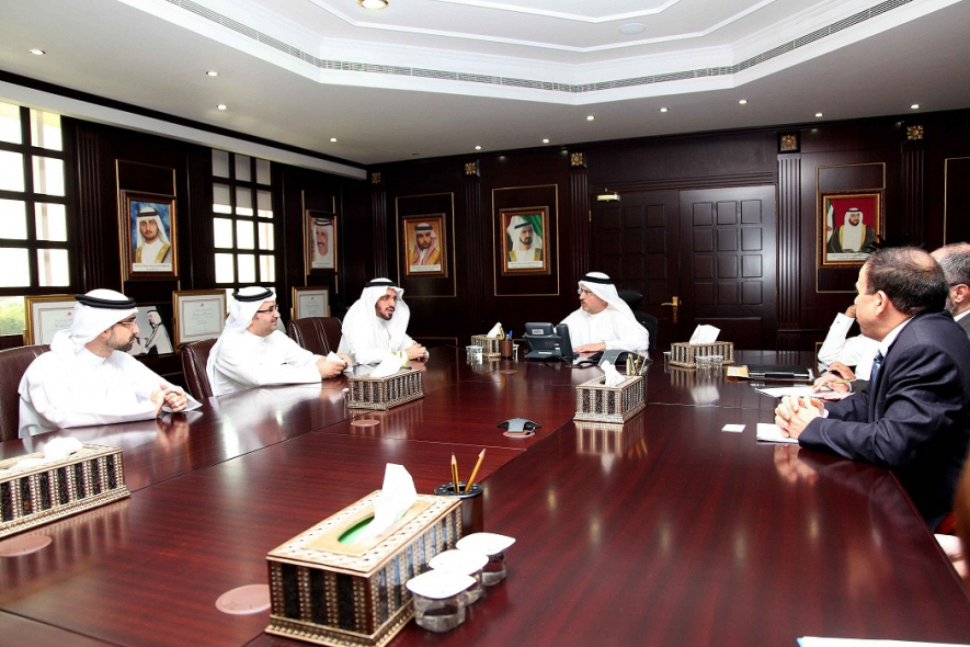A delegation from the Saudi Electric Company meets DEWA to discuss best practice.