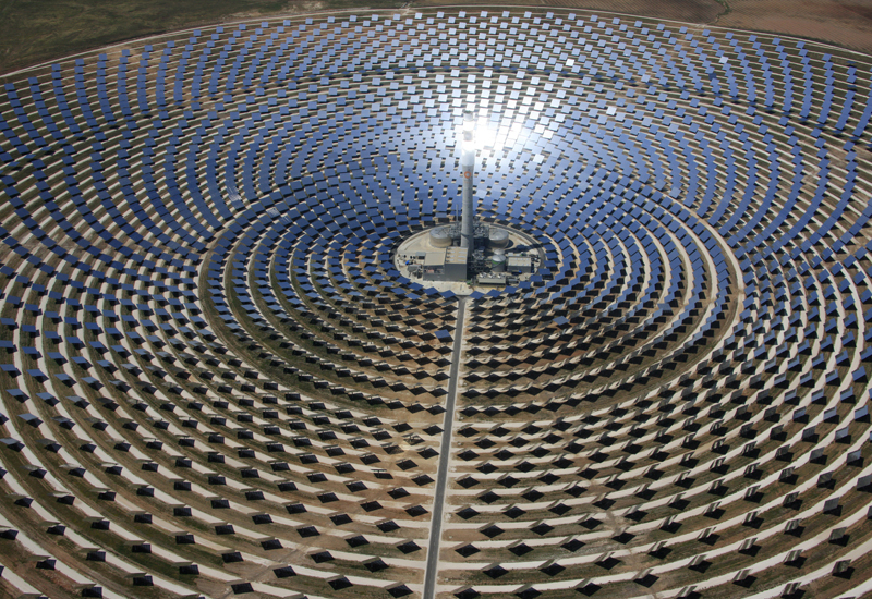 Qatar and Spain to team up on solar research.