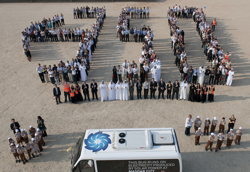The Masdar community raises awareness of the danger of high carbon dioxide concentrations.