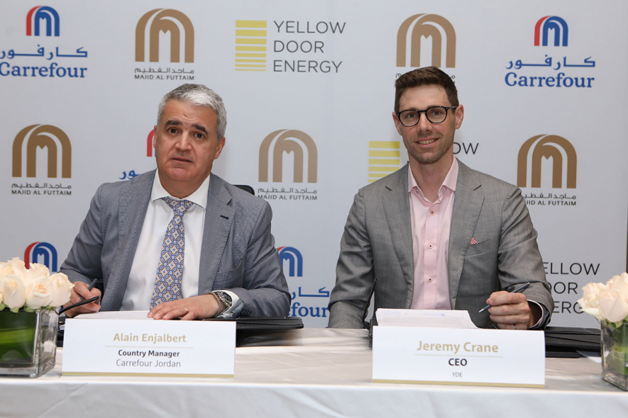 Agreement signing between Carrefour Jordan and Yellow Door Energy