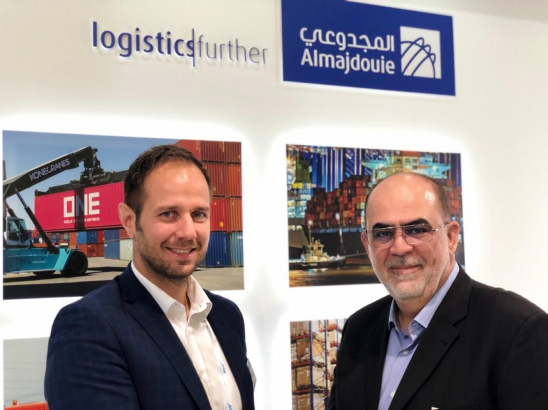 Goldhofer's head of transport technology Rainer Auerbacher and Almajdouie Logistics heavy lift general manager Eyad Arafah signed a purchase agreement at the Breakbulk Europe exhibition in Bremen