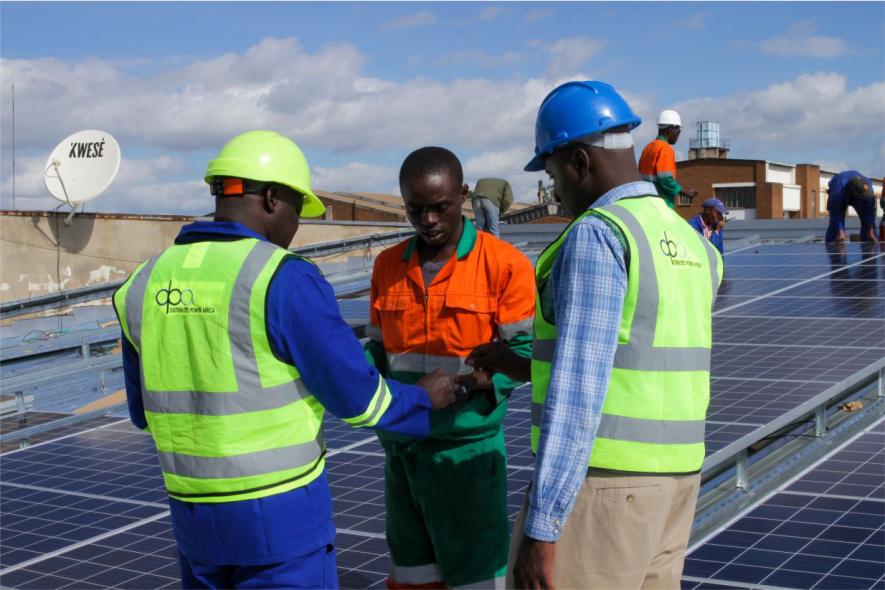 Schneider electric, Solar, Qbera
